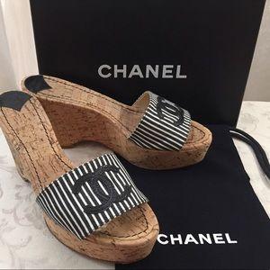 🆕 Chanel CC stripe mules Wedges 👡 Run Small